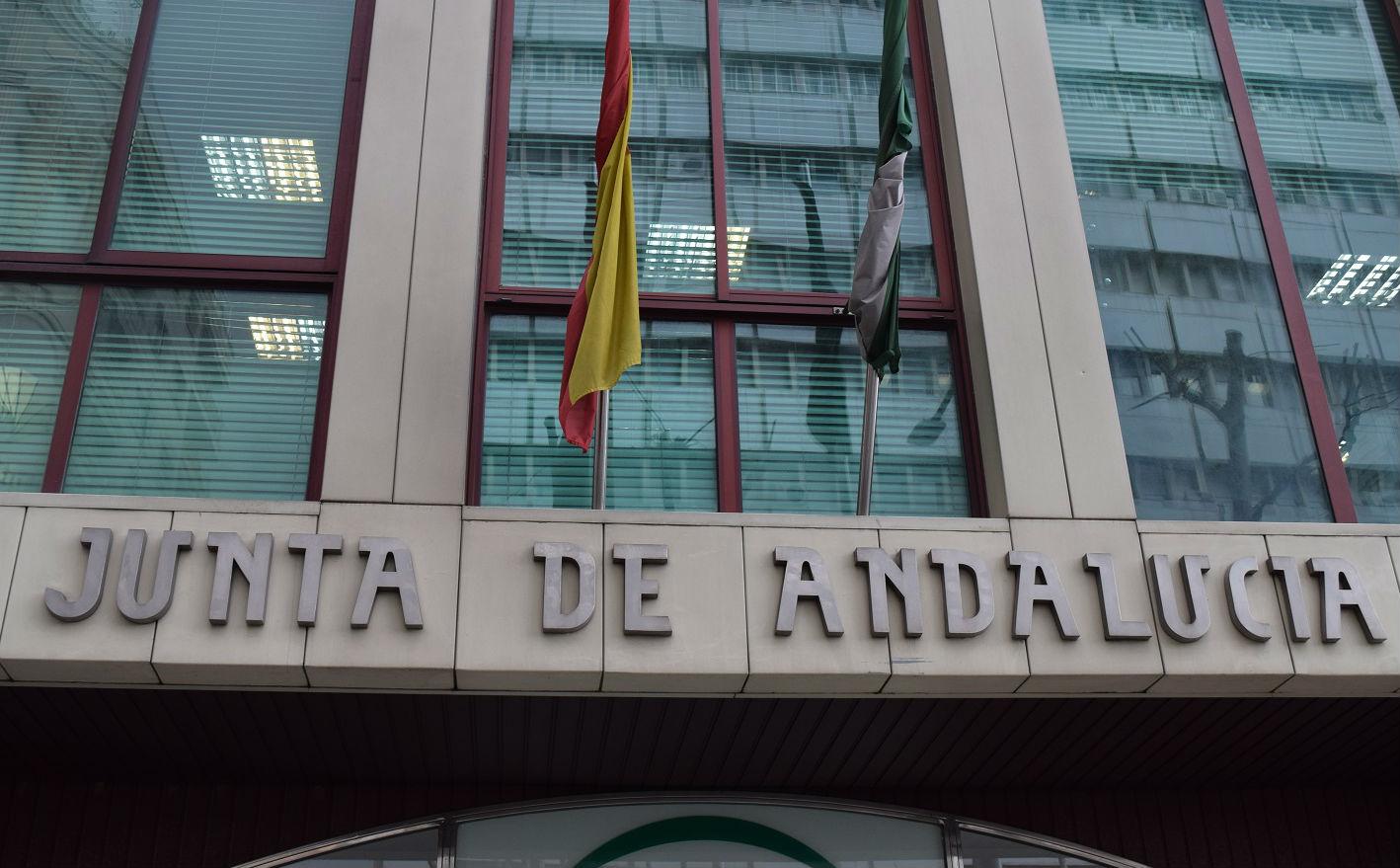 oposiciones a administrativo junta de andalucia